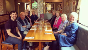 Dan and his Elevate class participants enjoying a pub lunch following their final session